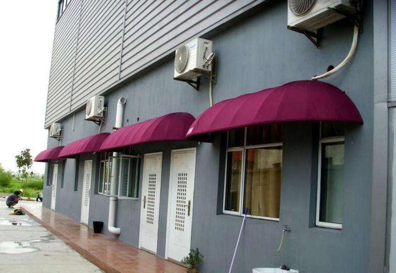 伸縮遮雨棚的安裝方法是什么呢?西安雨棚介紹如下