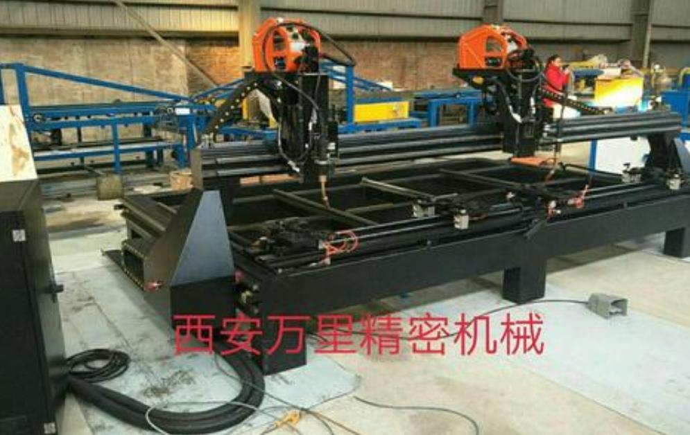 角钢法兰自动焊整机配置特点以及角钢法兰自动焊的优势
