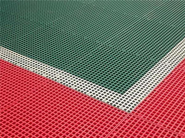 悬浮式拼装地板