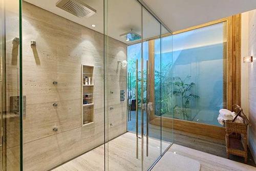 浴室石材抛光面的清洗及养护
