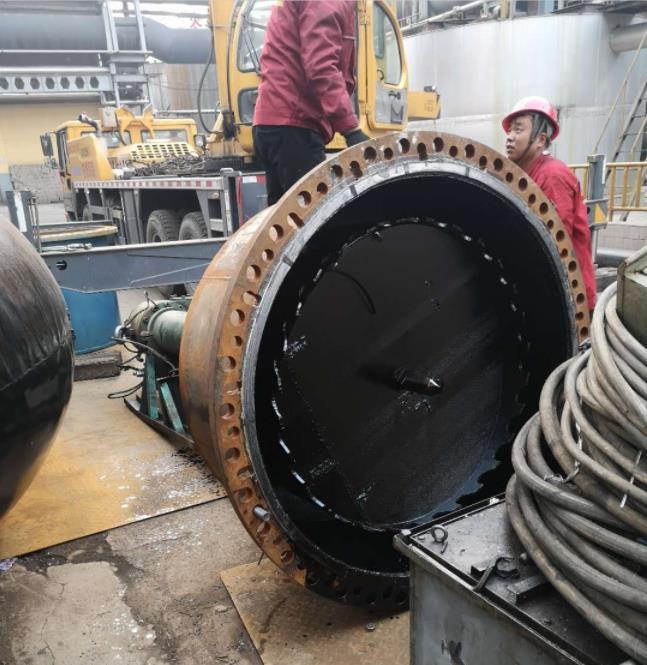 关于管道带压封堵技术相关工序介绍