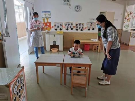 幼儿园复学全班38名宝贝,只来了1人,充分尊重家长的自愿原则