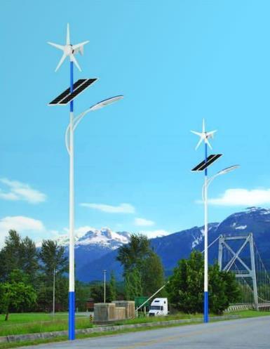 如何维护能让太阳能路灯的使用寿命更长一些?