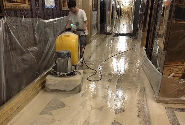 想知道成都木地板打蜡需要考虑哪些因素?安排