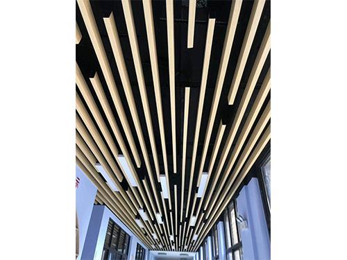 广汉铝方通安装成功案例