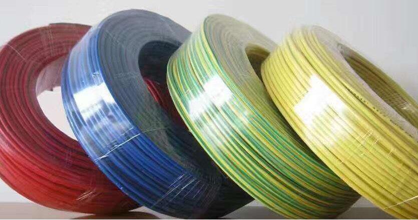 以下的热缩电缆头的附件的特点和优点是什么?