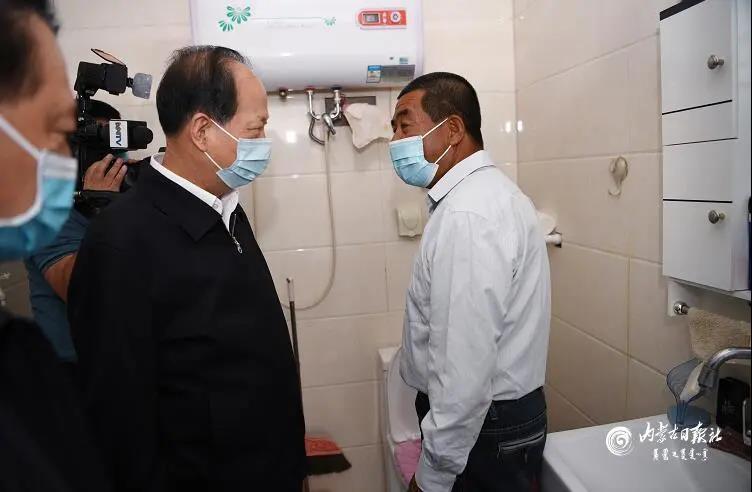 省级党委书记:改厕要充分考虑实用性方便性,切忌中看不中用