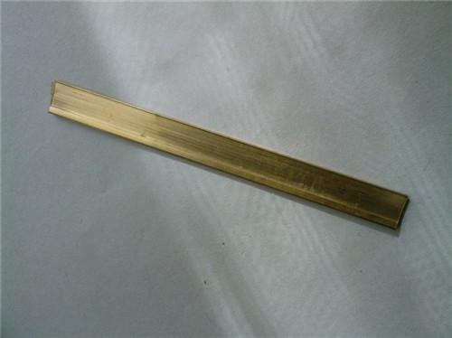 使用裝飾銅條要注意下(xia)面兩個因素