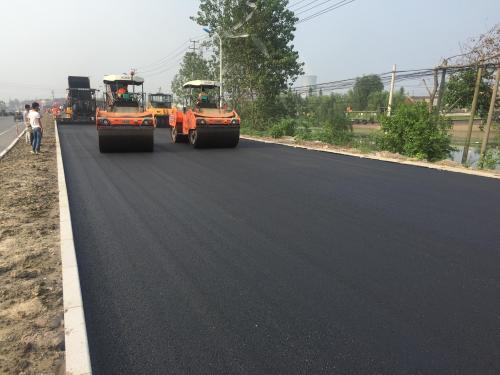 在城市道路建设中需要有成都沥青混凝土,沥青路面的防治措施值得注意