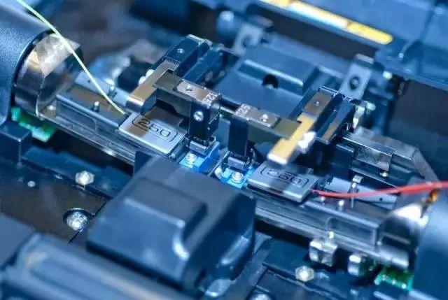 你知道光纤溶接应该遵循什么原则吗?