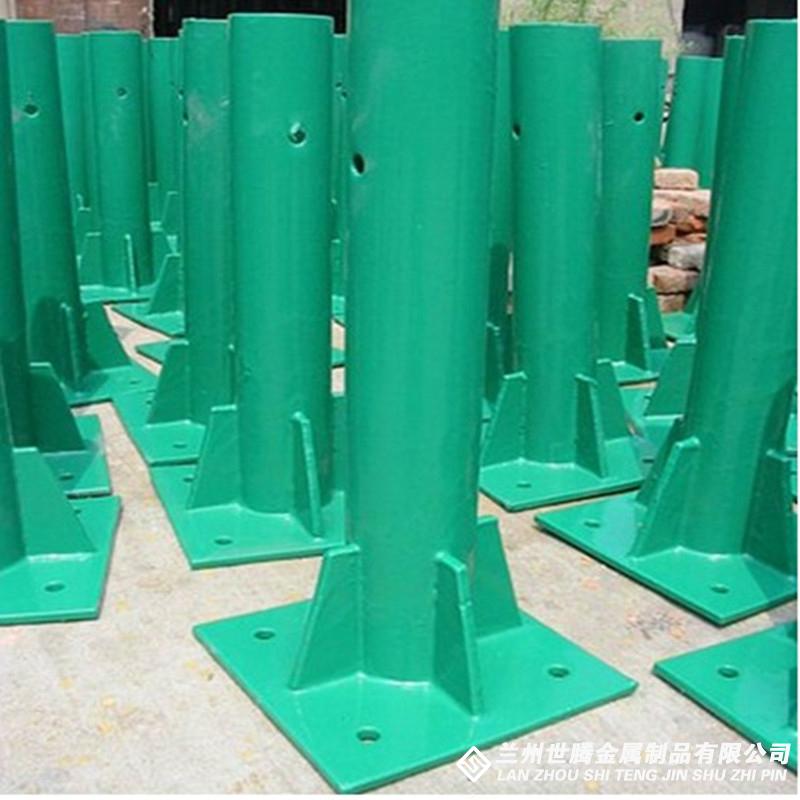 喷塑三波护栏板(1)
