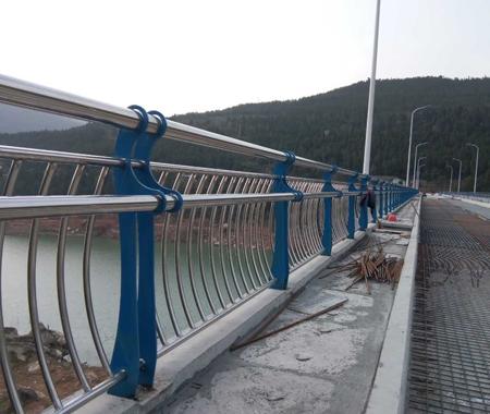 不锈钢电镀桥梁护栏