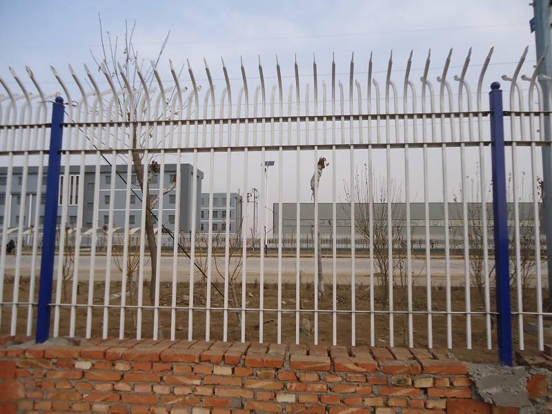 原来波形护栏厂家是这样来处理护栏产品的
