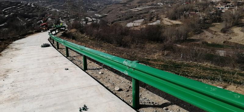 东乡波形护栏