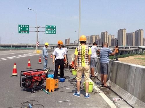 高速波形护栏工程案例