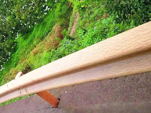 兰州波形木纹护栏
