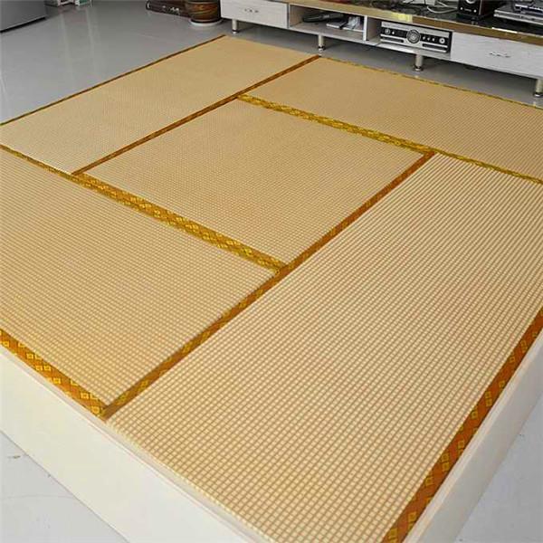 榻榻米床墊你們家有嗎?關於榻榻米儲物地台上麵的墊子鋪設常識你知道嗎?跟著我一起來了解吧!