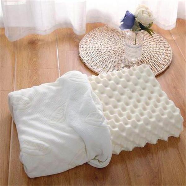 睡覺睡的舒不舒服不僅隻是跟床墊有關係,還和枕頭有關係。乳膠枕頭適合哪些人群使用