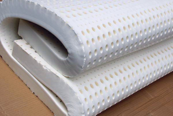 看完乳胶床垫和海绵床垫的区别,千万别再上当了