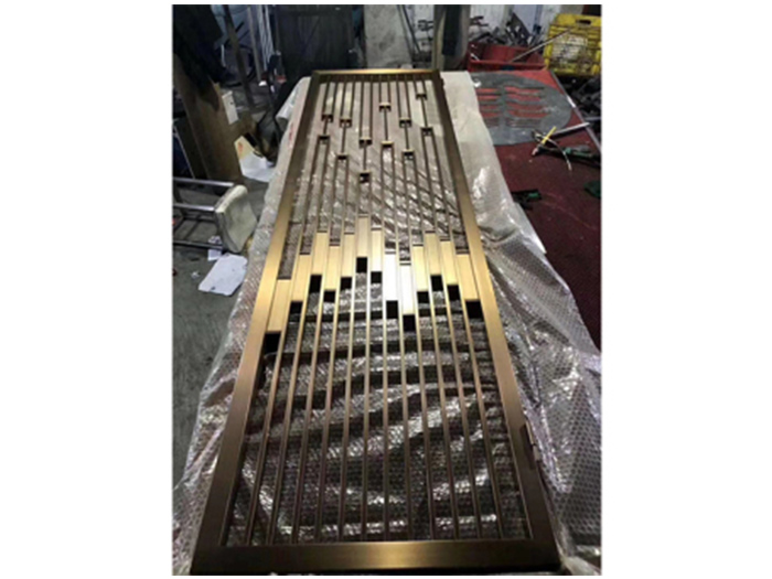 折叠式不锈钢屏风定制都有哪些特点。你都知道吗?
