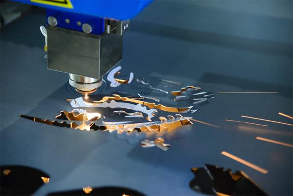 怎么样选择适合自己的激光切割机?