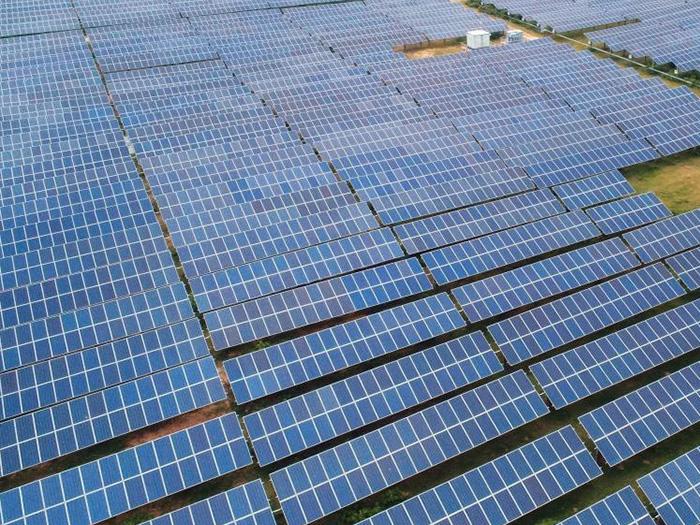 東北電力蘭州光伏發電站安裝發電項目