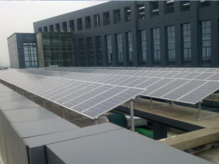 屋頂光伏算違章搭建嗎?蘭州屋頂光伏發電適合哪些建筑?