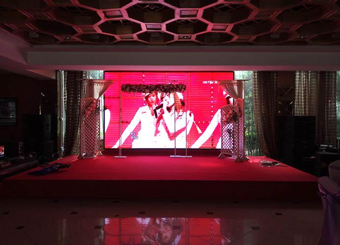 成都金江明珠大酒店P3全彩LED显示屏安装案例