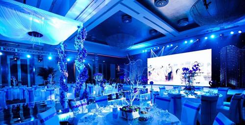 婚庆舞台选择四川户外LED显示屏设计必备干货分享!