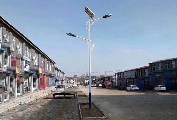 为什么阴雨天四川太阳能路灯不怎么亮?原因在这