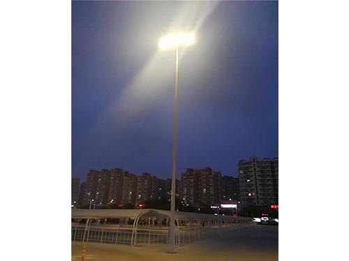 四川高中杆灯