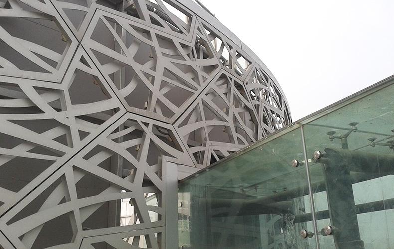 成都雕花铝板安装成功案例