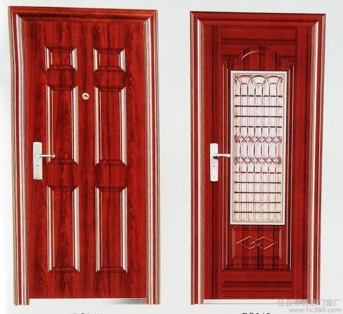 不锈钢门和木门之间更多人选择前者的原因在于实用性