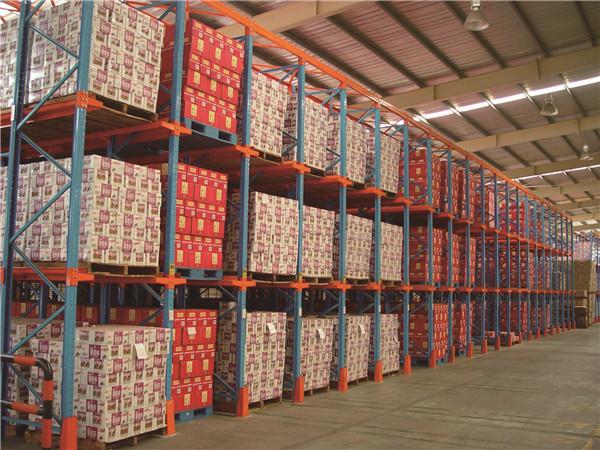 南阳工业货架-贯通式货架