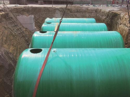河南玻璃鋼纏繞化糞池強度高,安裝簡便