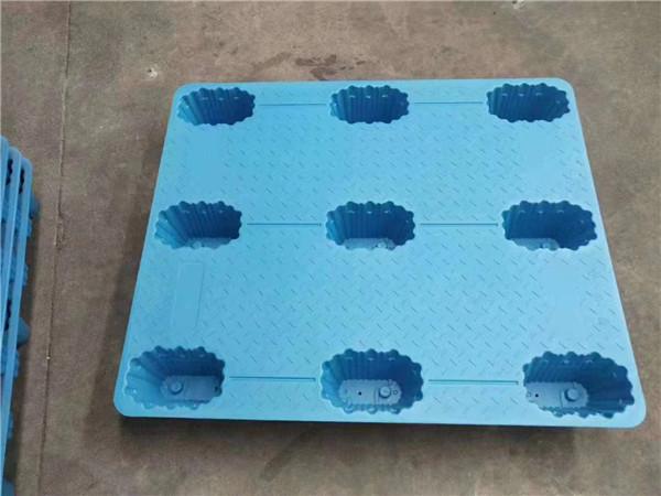 为什么塑料托盘表面需要处理?塑料托盘表面处理工艺