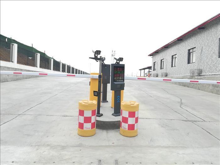 四川车牌识别--停车场车牌识别系统1