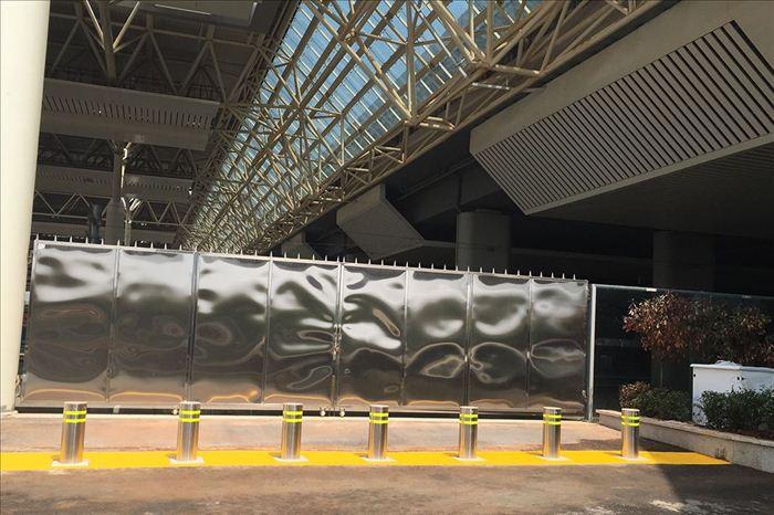 全自动液压升降柱--江西南昌高铁站