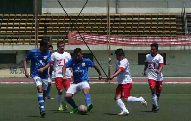 足球友谊赛