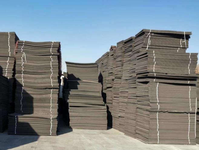 高压聚乙烯闭孔泡沫板分类及特点——陕西闭孔泡沫板厂家
