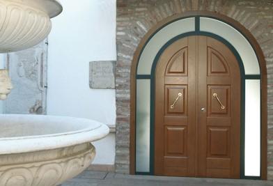 陕西铜木装甲门的特点有哪些?接下来详细为您讲解。