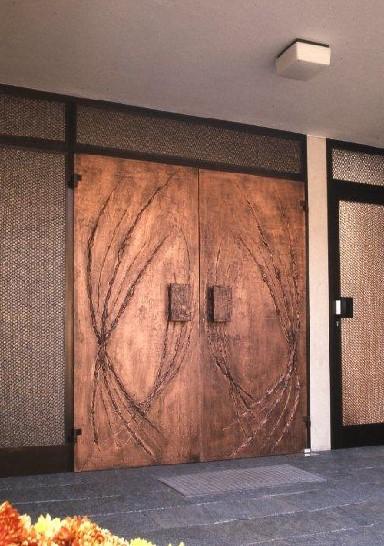销售铜木装甲门