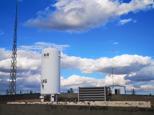 鄂爾多斯錦隆與伊泰合作LNG點式供氣儲氣罐案例