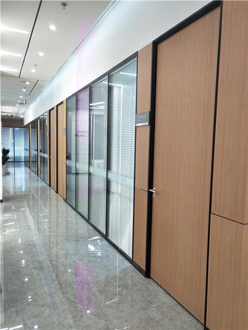 成都美思源铝业——玻璃隔断墙合作案例