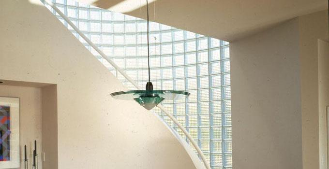 为什么成都玻璃隔断墙成为装修潮流