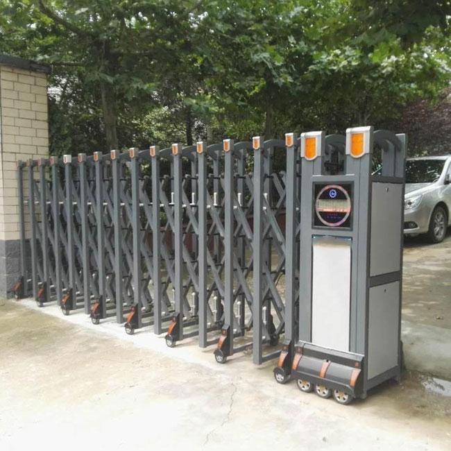 工业区电动伸缩门的五大特点以及使用优势