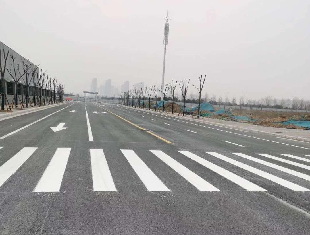 许昌高铁口热熔划线