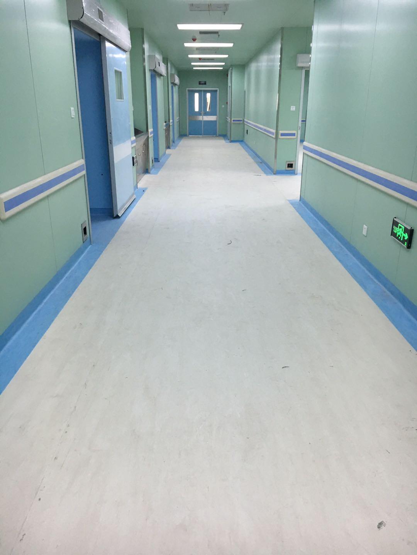 塑胶地板靠什么征服医疗机构?陕西医用塑胶地板厂来分享