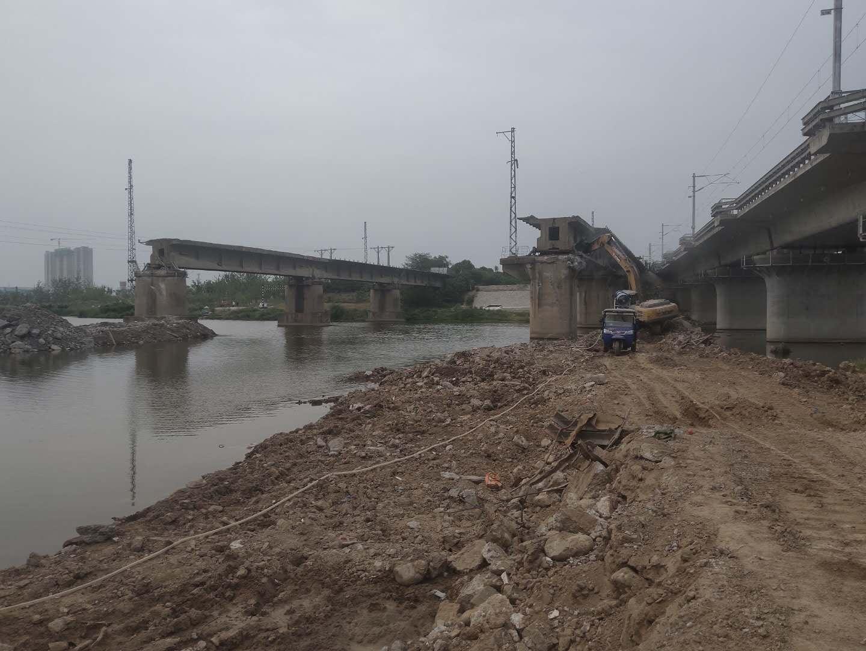 桥梁拆除工程