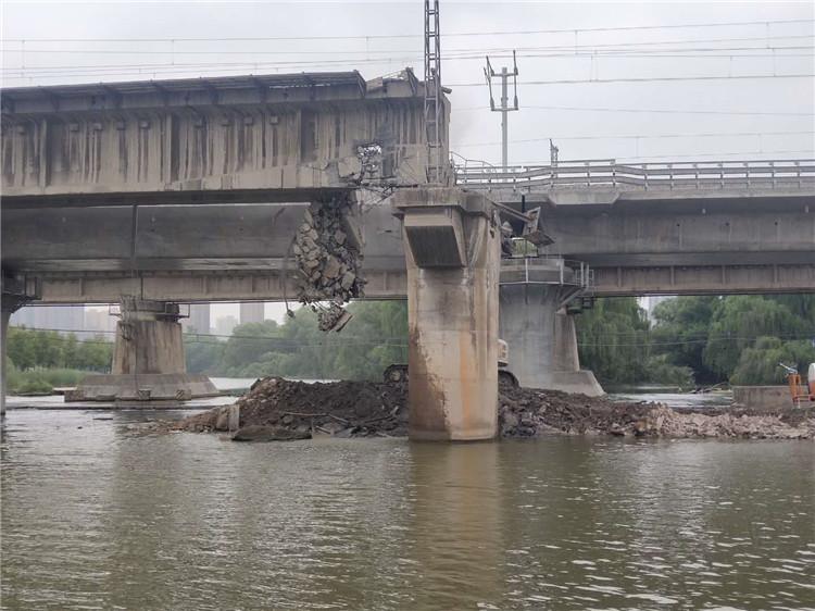 沣河渭河铁道大桥拆除项目